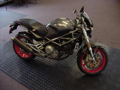 2001-Ducati-Monster-10544412-894.jpg